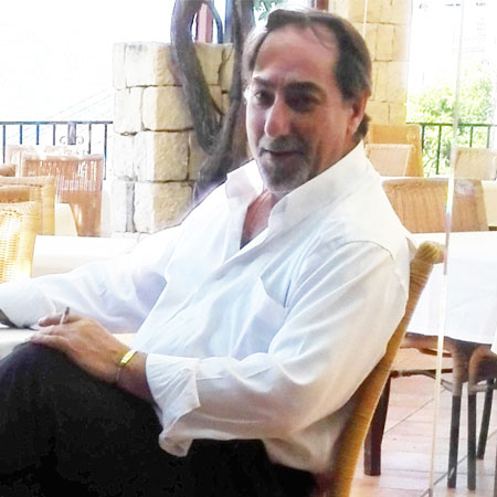 Carlos J Rascón